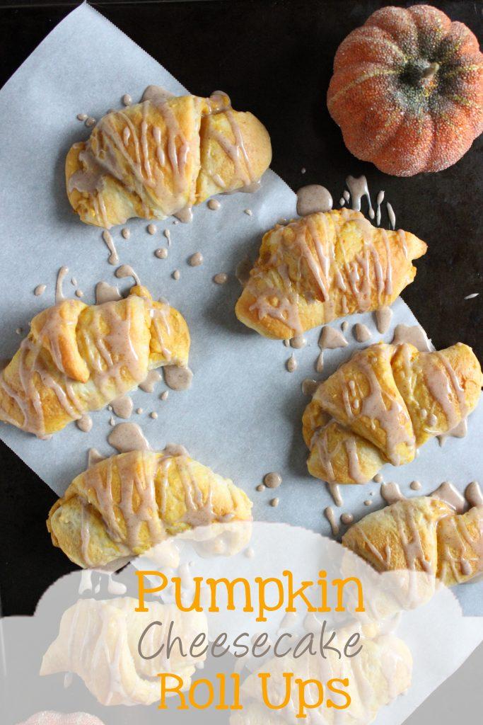 Pumpkin Cheesecake Roll Ups | EverydayMadeFresh.com