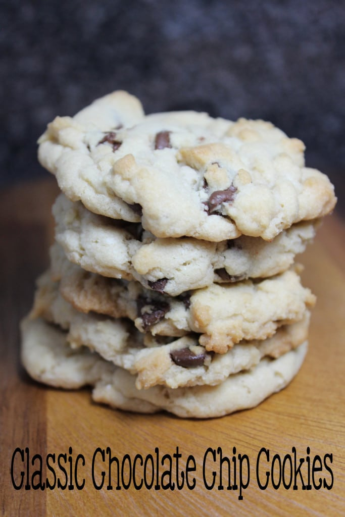 Classic Chocolate Chip Cookies | EverydayMadeFresh.com