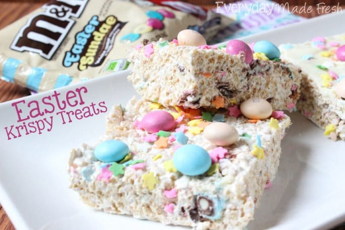 Easter Krispy Treats, the perfect treat for Easter. Krispy treats stuffed and with M&M's® Easter Sundae and Sprinkles. #SweeterEaster #ad | EverydayMadeFresh.com