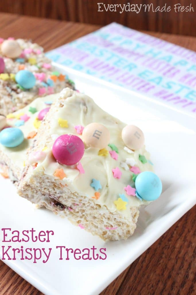 Easter Krispy Treats, the perfect treat for Easter. Krispy treats stuffed and with M&M's® Easter Sundae and Sprinkles. | EverydayMadeFresh.com