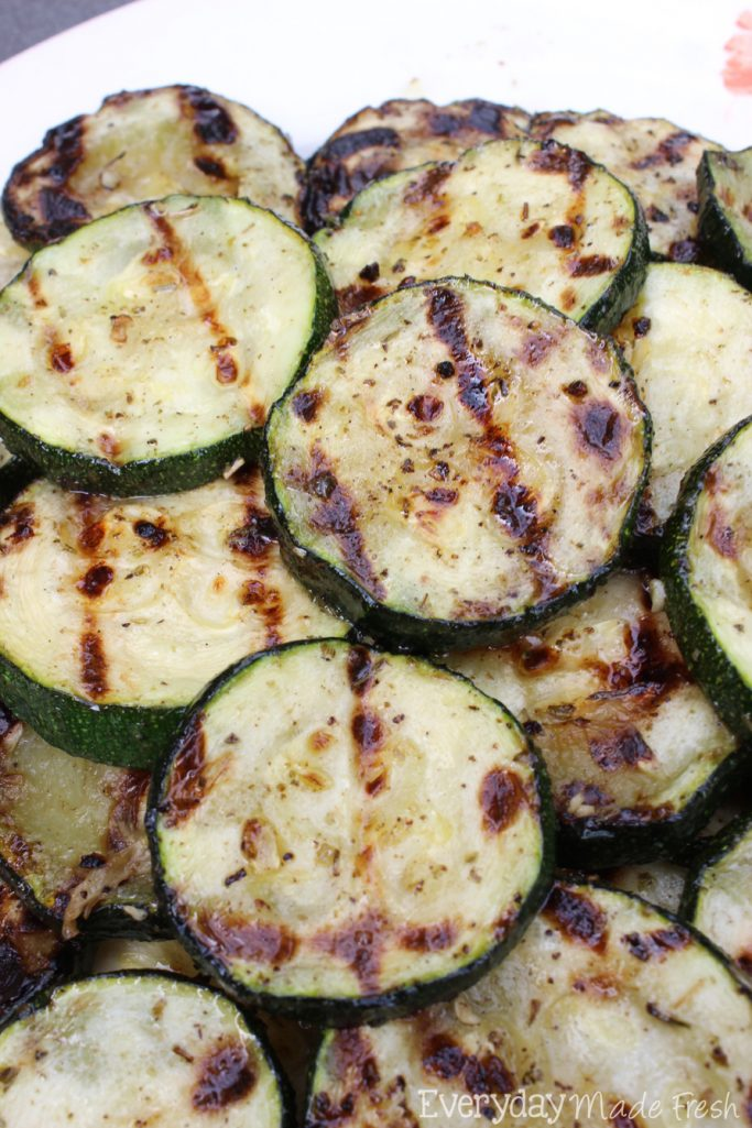 This Grilled Zucchini can be made on your grill outside or you can grill it up indoors! Either way, it will be ready in 10 minutes or less! | EverydayMadeFresh.com