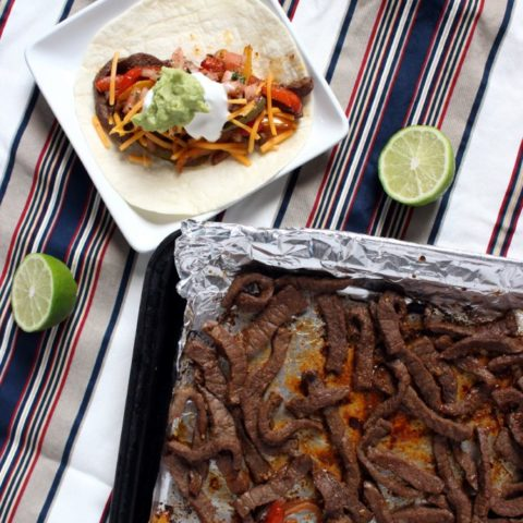 Fajitas are a great go-to Mexican dish, and we love them. What I also love are Simple Sheet Pan Fajitas - all the great flavors without making a mess! | EverydayMadeFresh.com