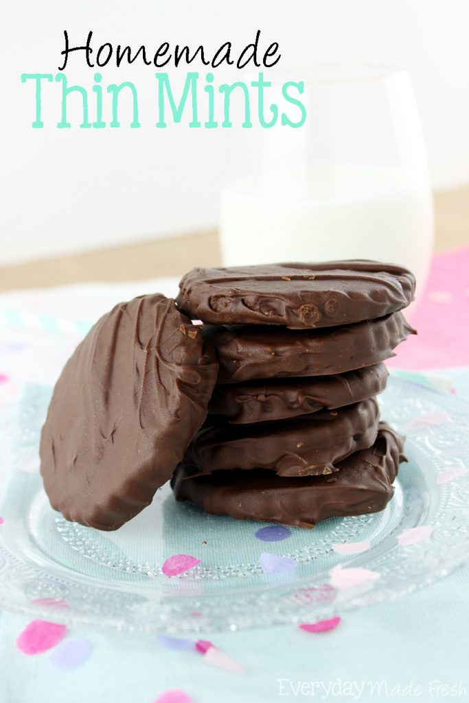 Girl Scout cookie season is only once a year, but you can enjoy one of my favorites with this easy Homemade Thin Mints recipe! | EverydayMadeFresh.com