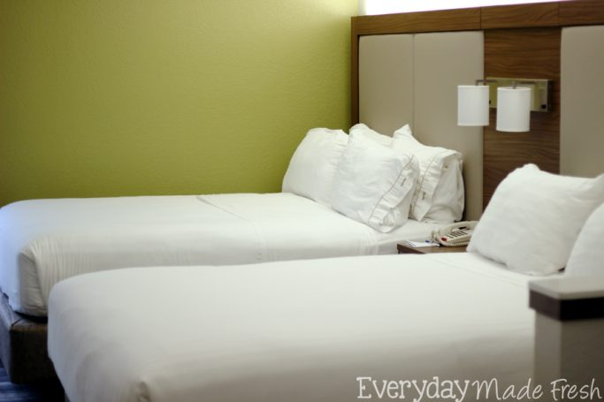 Spending some time in Jacksonville, Florida? Check out our Weekend Getaway at Holiday Inn Express & Suites Jacksonville-South!    EverydayMadeFresh.com