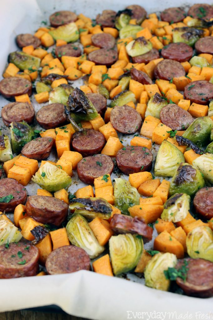 Nothing beats this quick and easy One Pan Sausage, Brussels Sprouts, & Sweet Potato. This tasty recipe leaves you with virtually no clean-up; perfect for any night! | EverydayMadeFresh.com