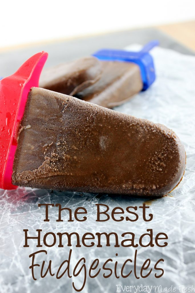 Chocolate fudgey goodness in the form of our summer favorite, popsicles! The Best Homemade Fudgesicles are made with 5 ingredients, and you will want to always have them in the freezer! | EverydayMadeFresh.com