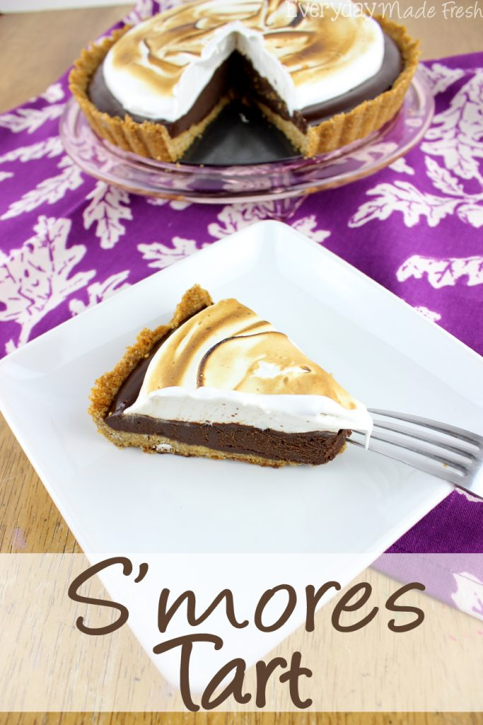 Enjoy the flavors of s'mores year round, and without a camp fire with this rich and decadent no bakeS'mores Tart.| EverydayMadeFresh.com