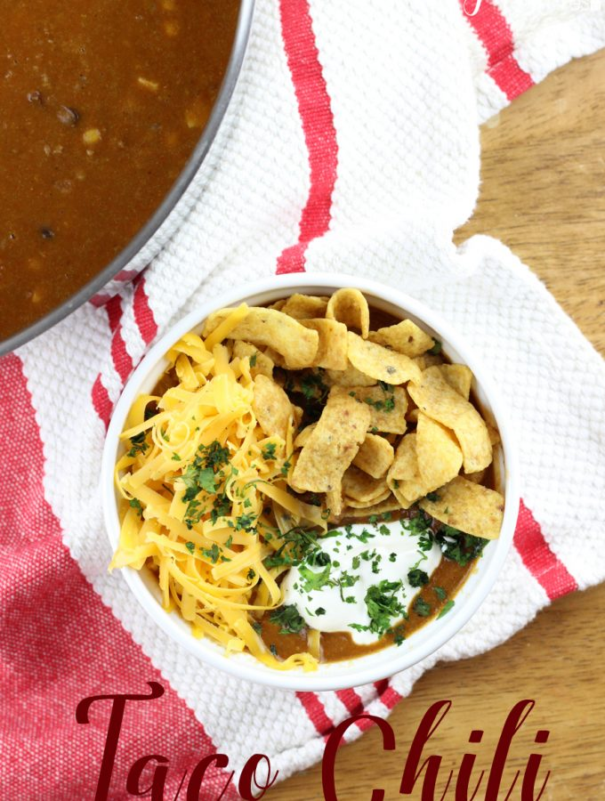 All the flavors of a taco but in this great Taco Chili form. It's simple, comforting, and will be one of your favorite go-to chili recipes! | Everydaymadefresh.com