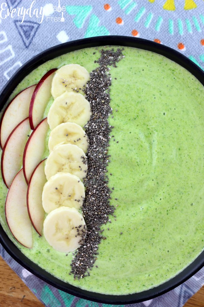 Smoothie bowls are all the rage! They are simple to make, fun to eat, and healthy. In this Green Apple Smoothie Bowl you can't taste the greens which means it's kid pleasing! | EverydayMadeFresh.com