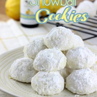 Lemon Snowball Cookies are a really simple cookie recipe that's loaded with a burst of lemon! | EverydayMadeFrseh.com