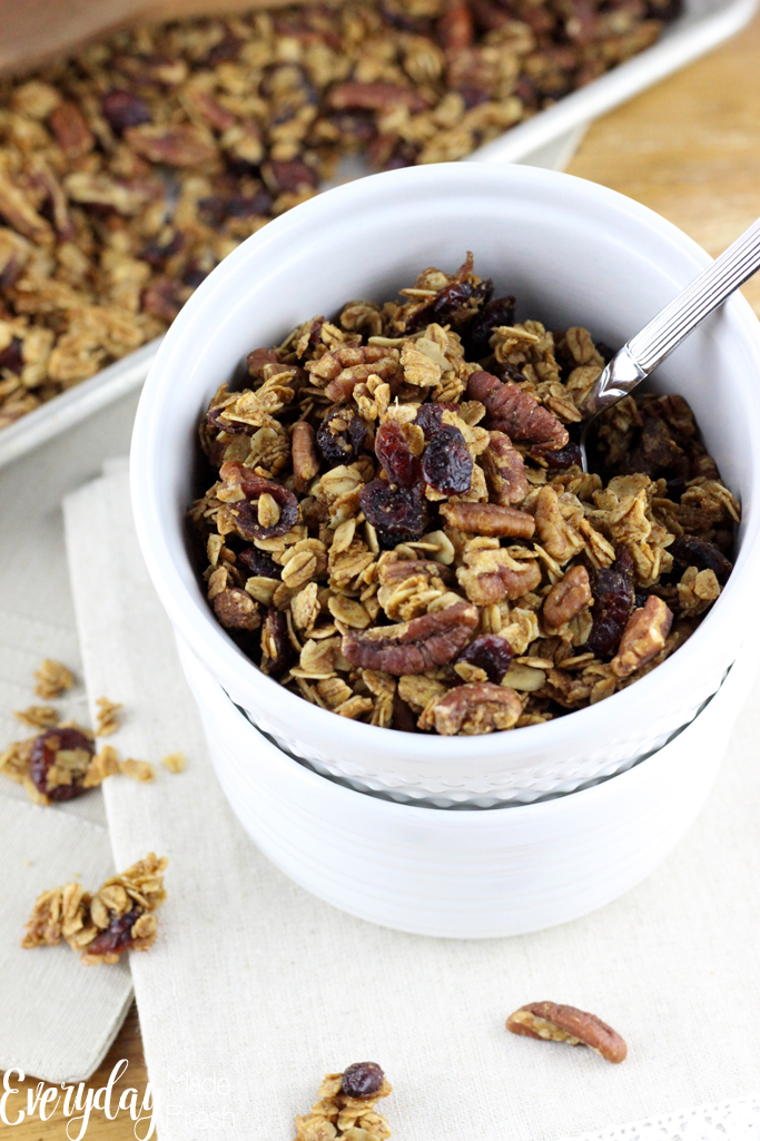 Sweetened with Maple Syrup, this granola spiced with gingerbread spices, makes for the perfect winter breakfast. This Gingerbread Granola will quickly become one of your winter favorites! | EverydayMadeFresh.com