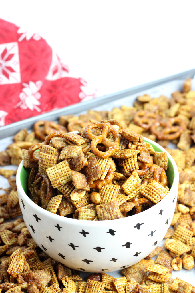 If gingerbread cookies are your favorite, this Gingerbread Chex Mix is going to be an addictive snack mix. Molasses, brown sugar, cinnamon and ginger flavors come together for the perfect combination.